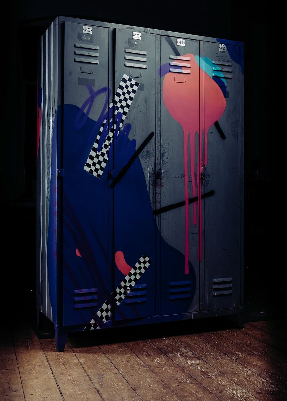 graffiti-furniture-oh-pardon-custom-streetartmg_4069