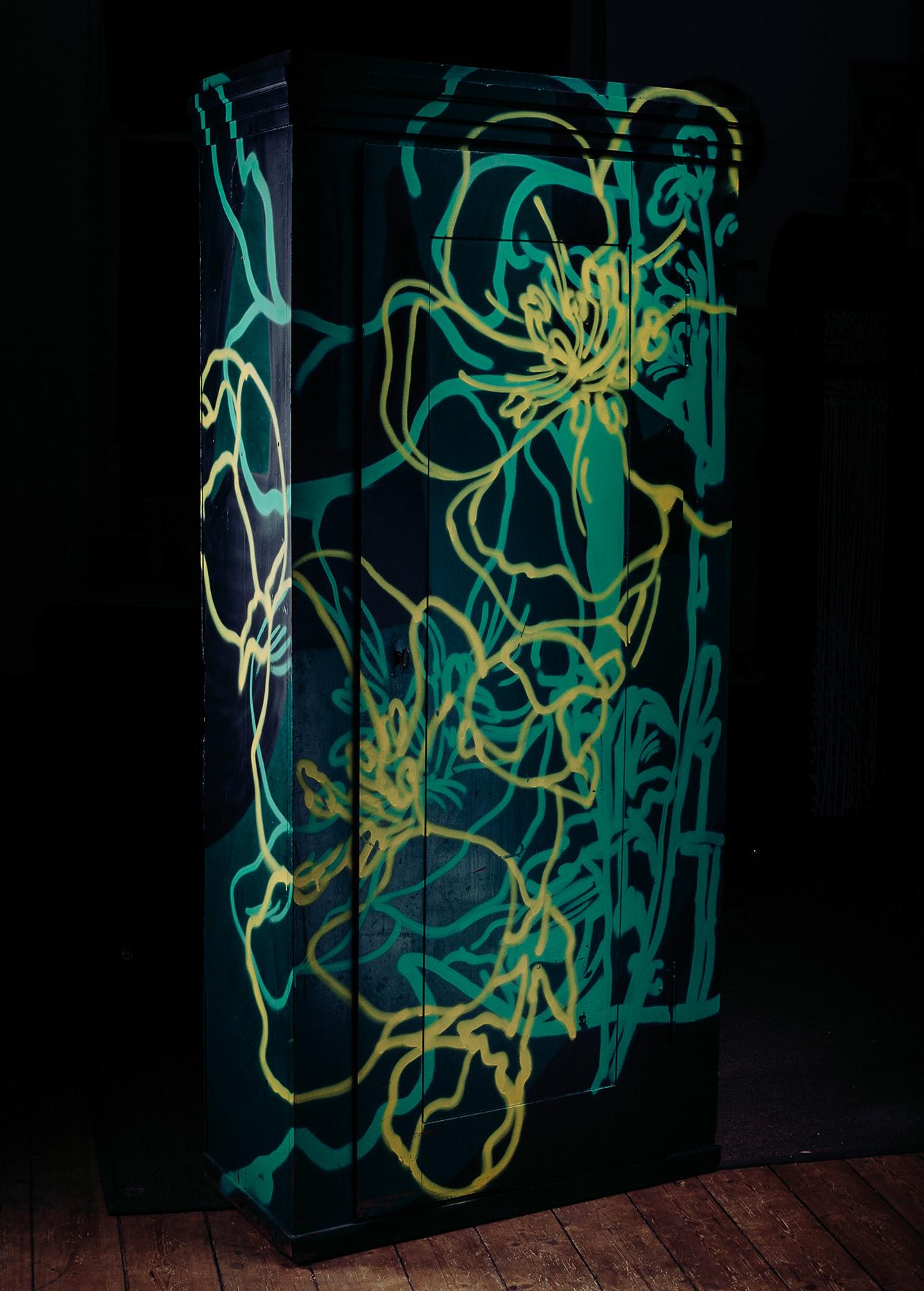 ohP-custom-art-graffiti-streetart-furniture-floral-dresser