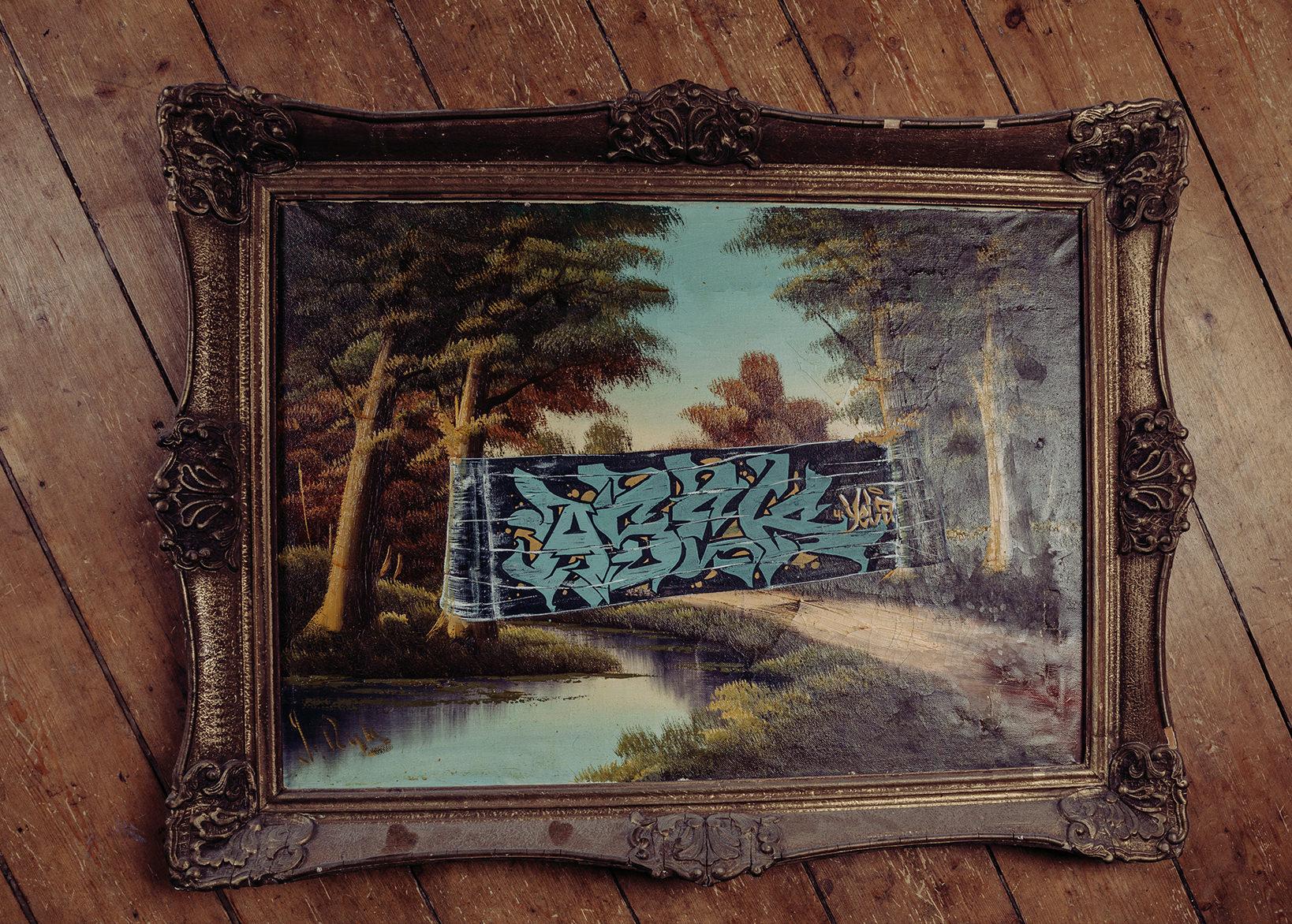 ohP-custom-art-graffiti-streetart-furniture-style-frame