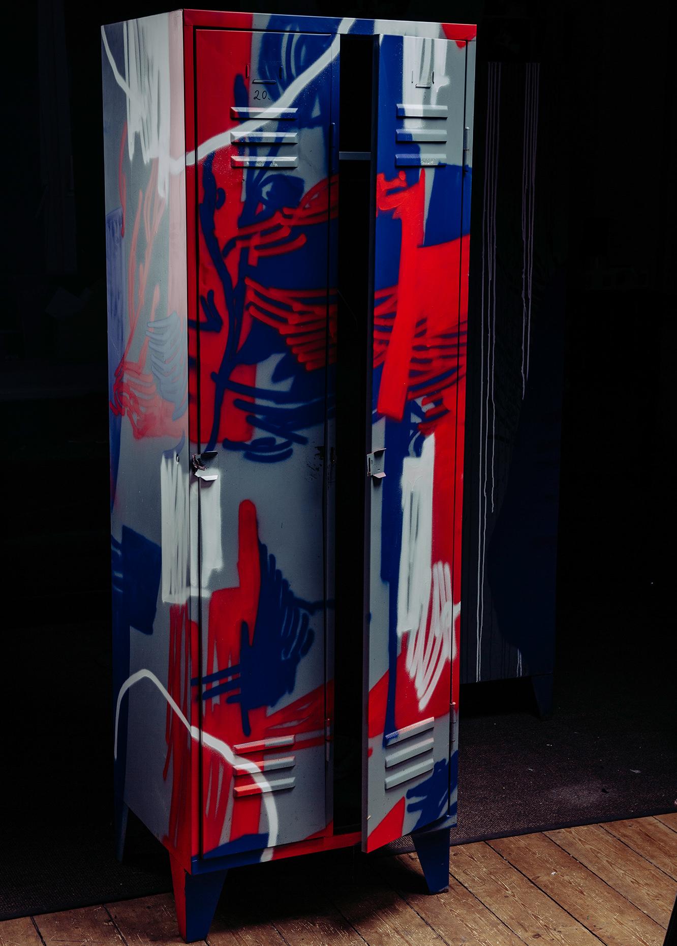 ohP-custom-art-graffiti-streetart-furniturelocker