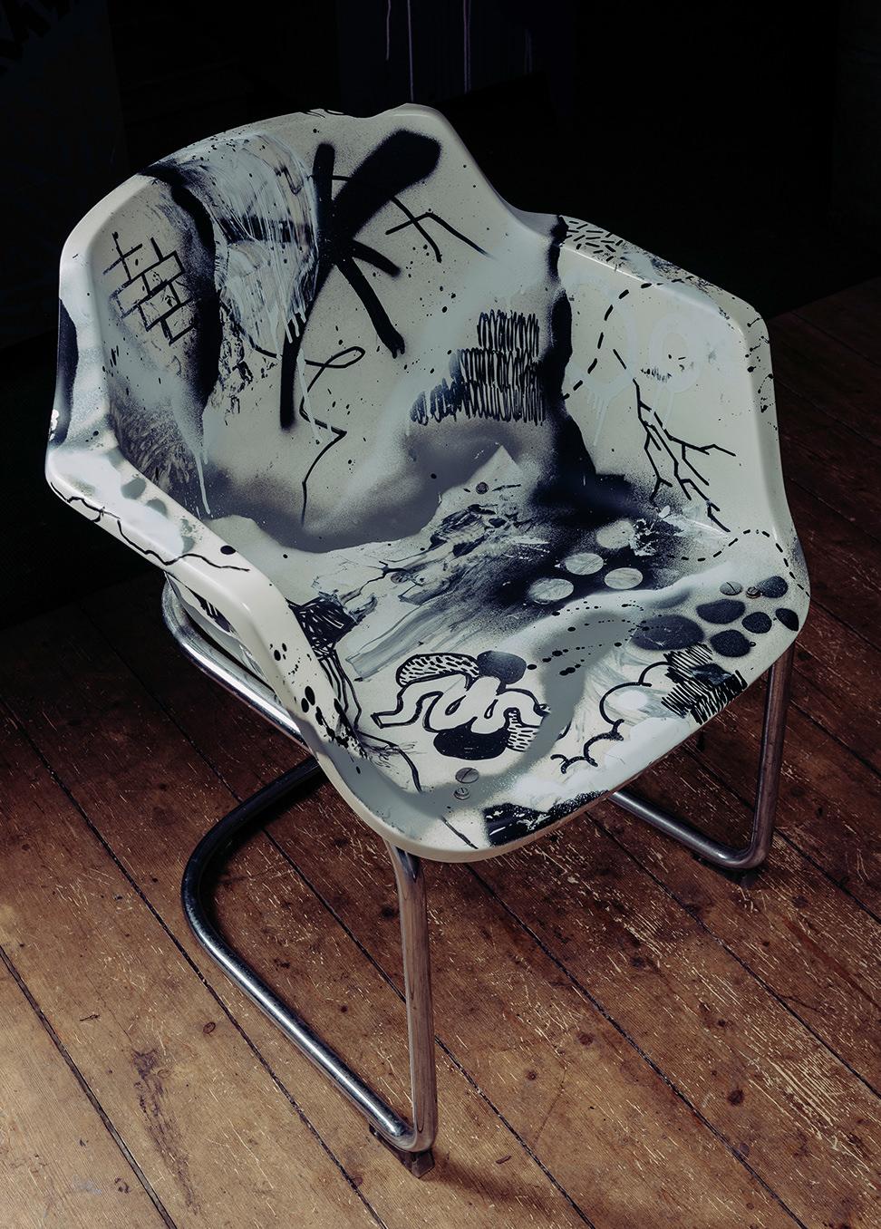 ohpardon-graffiti-furniture-streetart-custom-furnitur56 Kopie