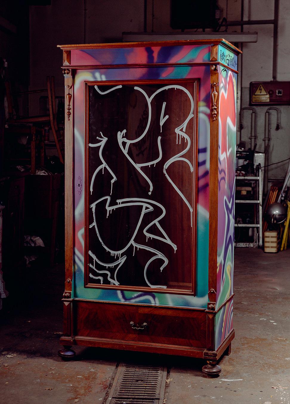ohpardon-graffiti-furniture-streetart-custom-furniture-04-2019_mg_0571