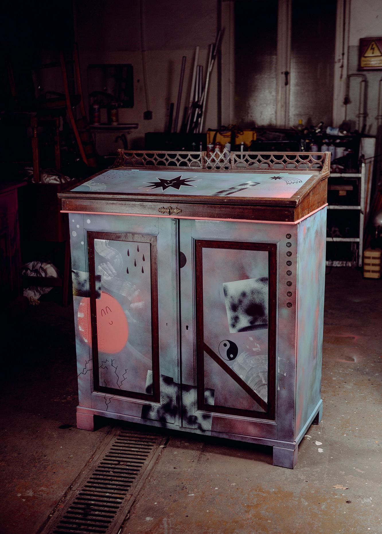 ohpardon-graffiti-furniture-streetart-custom-furniture_0446