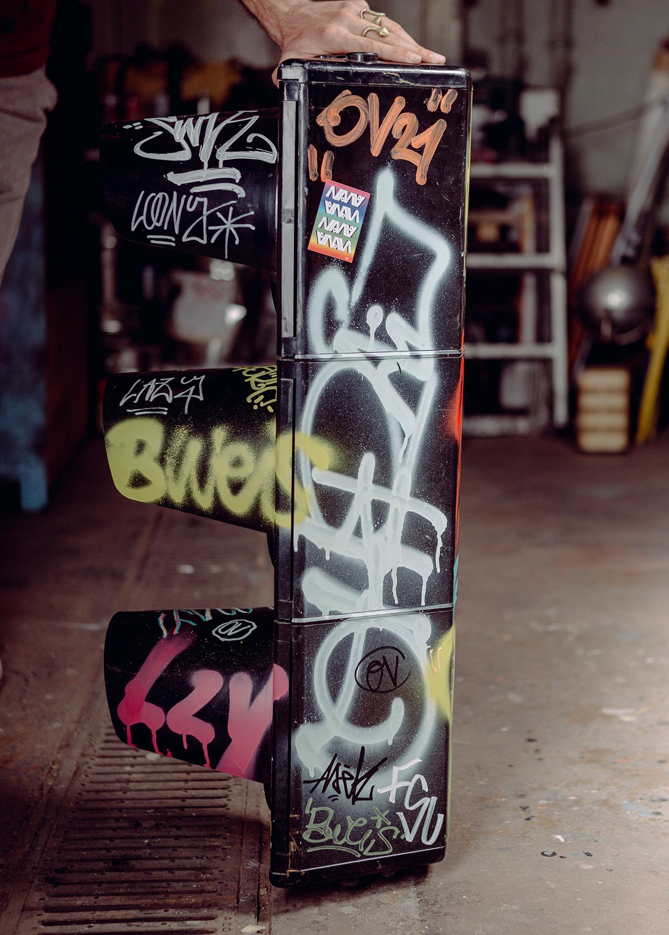 ohpardon-graffiti-furniture-streetart-custom-furniture_0508